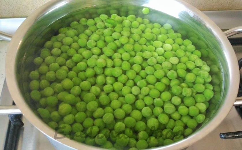 aripioare-dulci-picante-cu-piure-de-mazare-5