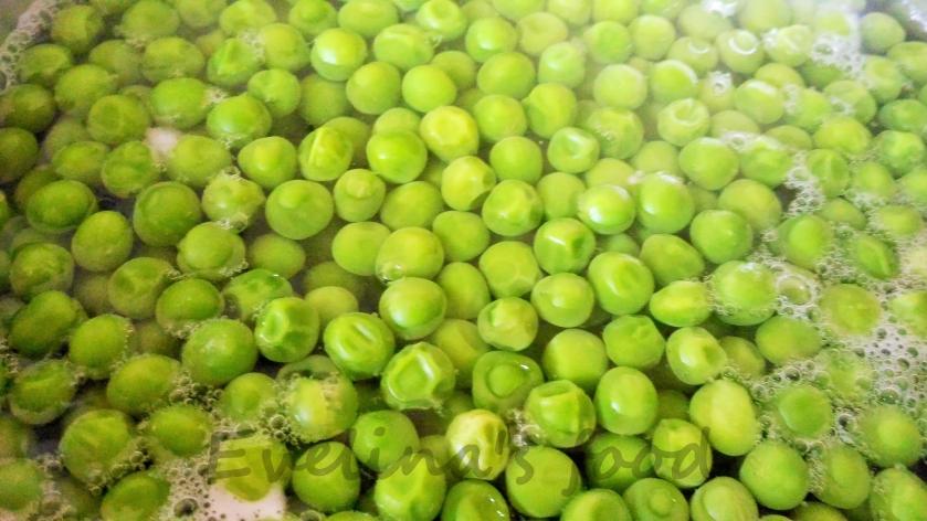 aripioare-dulci-picante-cu-piure-de-mazare-6