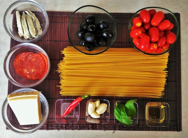 spaghetti-alla-puttanesca-17