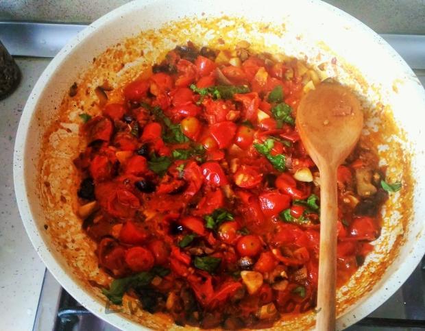 spaghetti-alla-puttanesca-9