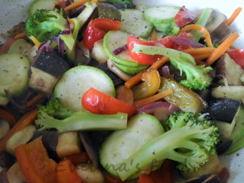 muschi-de-porc-cu-legume-sote-17