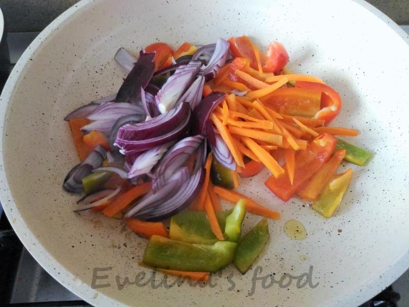 muschi-de-porc-cu-legume-sote-9