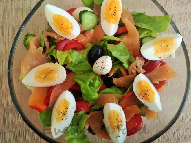 salata-cu-somon-si-mozarella-14
