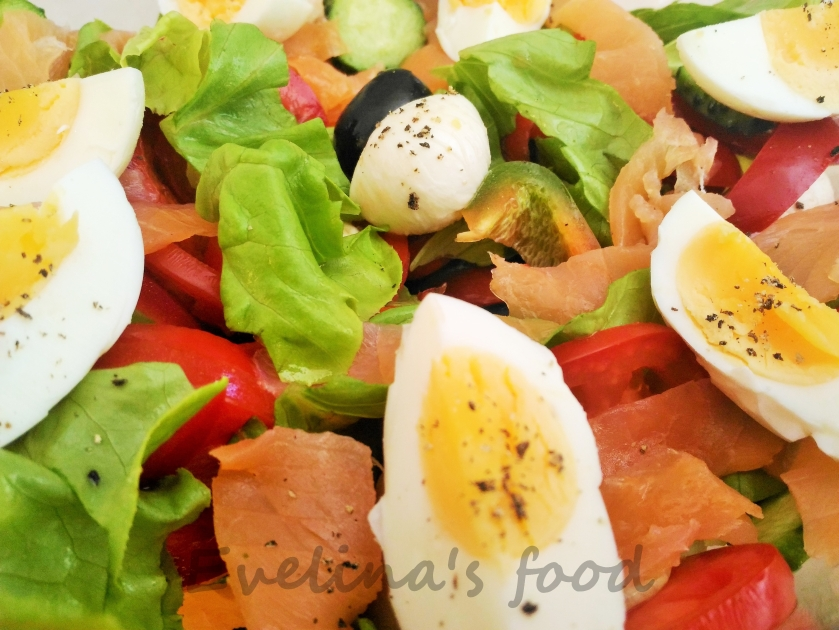 salata-cu-somon-si-mozarella-16