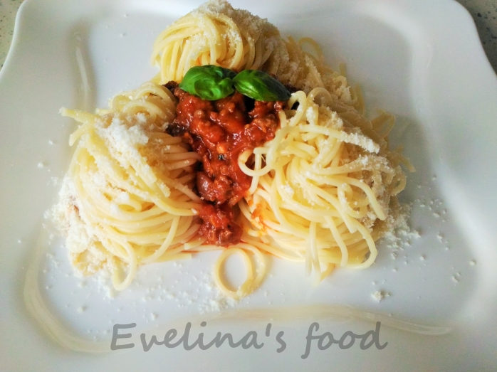 spaghete-bolognese-12
