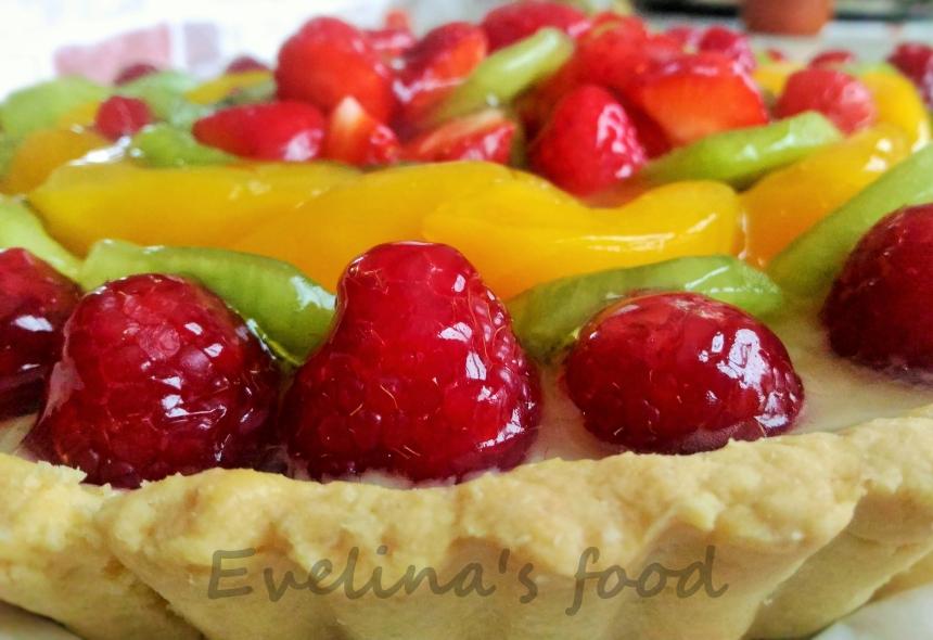 tarta cu fructe si crema de vanilie