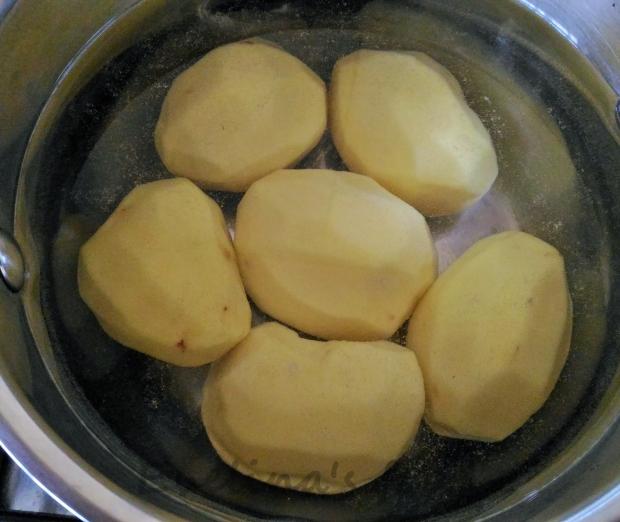 Chiftele cu piure (25)