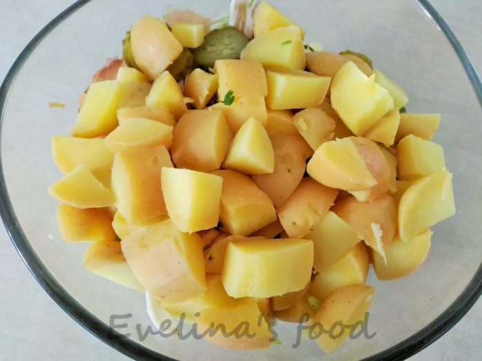 Salata-bavareza-de-cartofi (2)